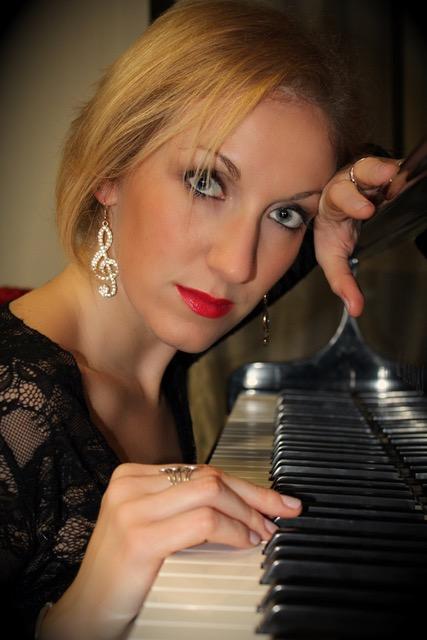 Claudia D'Ippolito mastro di Pianoforte Bologna