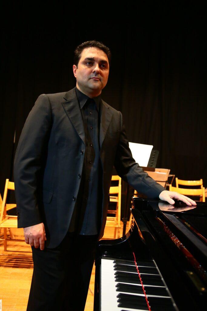 Giovanni Montanaro Maestro di Pianoforte Bologna
